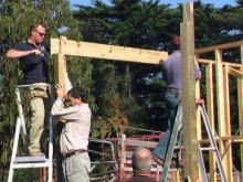 07 Ingomar Matthes assisted by Trevor Stow & Peter Abell adjusting a beam