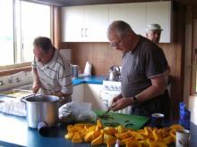 01 Rex Estoppey, John Murray & Trevor Gordon preparing food
