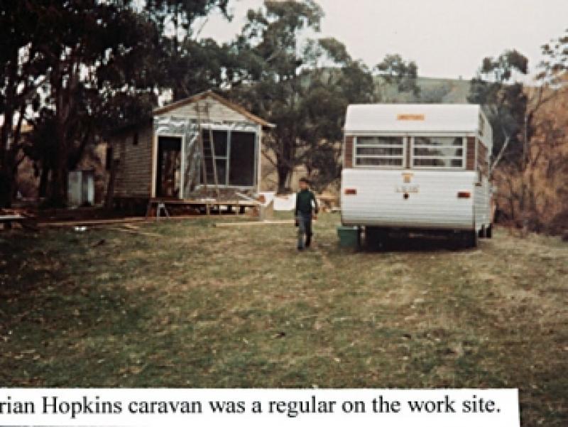 02 Hopkins caravan.